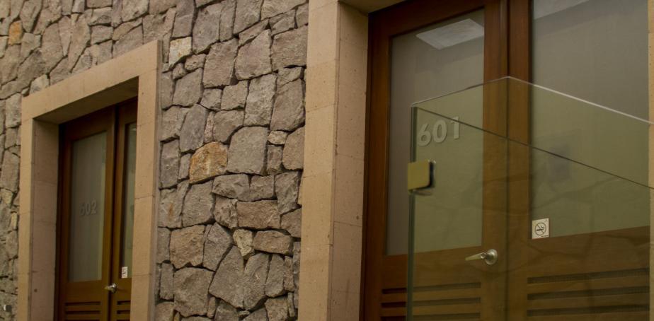 Hotel Boutique y  Galeria Monte León